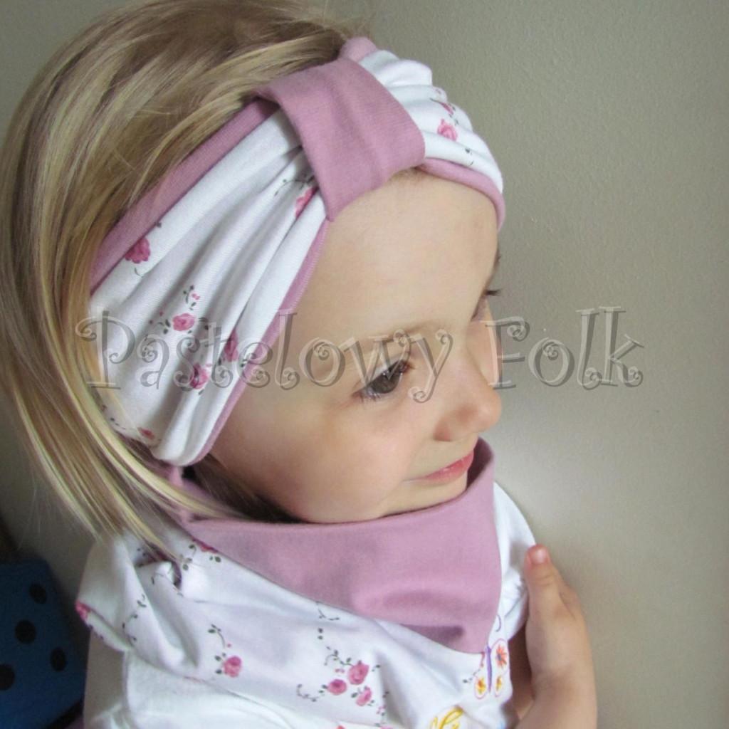 dziecko-opaska 26B- dla dziewczynki komin, biała w różyczki, wrzowosy różowy pasek, wiosenna letnia, dzianinowa -02