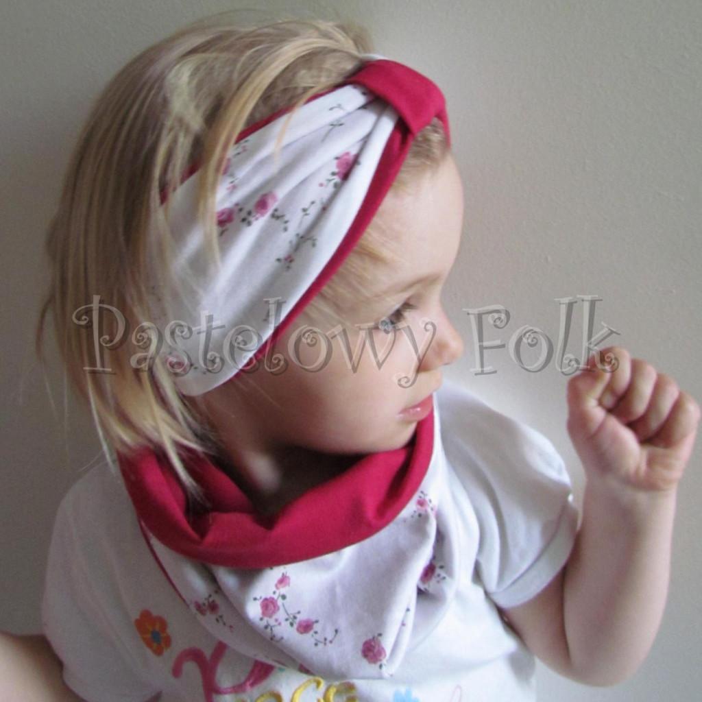 dziecko-opaska  26C- dla dziewczynki komin, biała w różyczki, ciemny różowy pasek, wiosenna letnia, dzianinowa -01