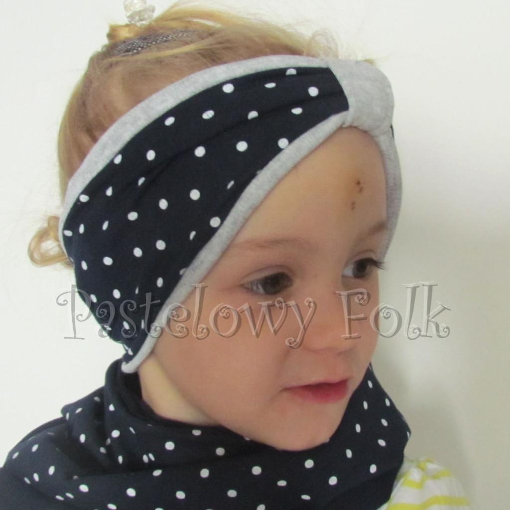 dziecko-opaska 30- dla dziewczynki granatowa w białe kropki groszki dzianinowa szara -02