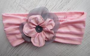 dziecko-opaska 38- rozowa wiosenna łososiowa kwiat retro szary guzik-01