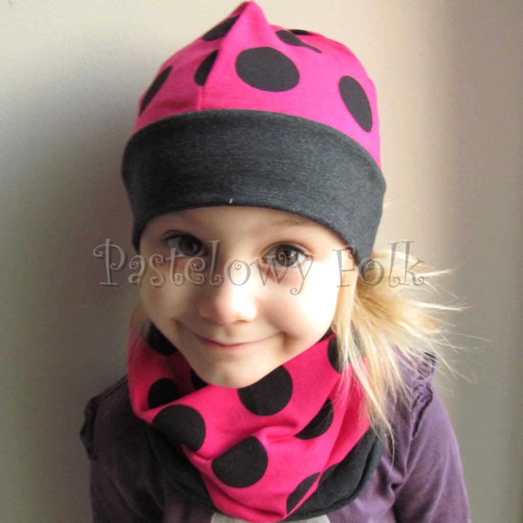 dziecko-czapka 101-dzianinowa rozowa w grochy, grafitowa, fuksja, komplet komin-09