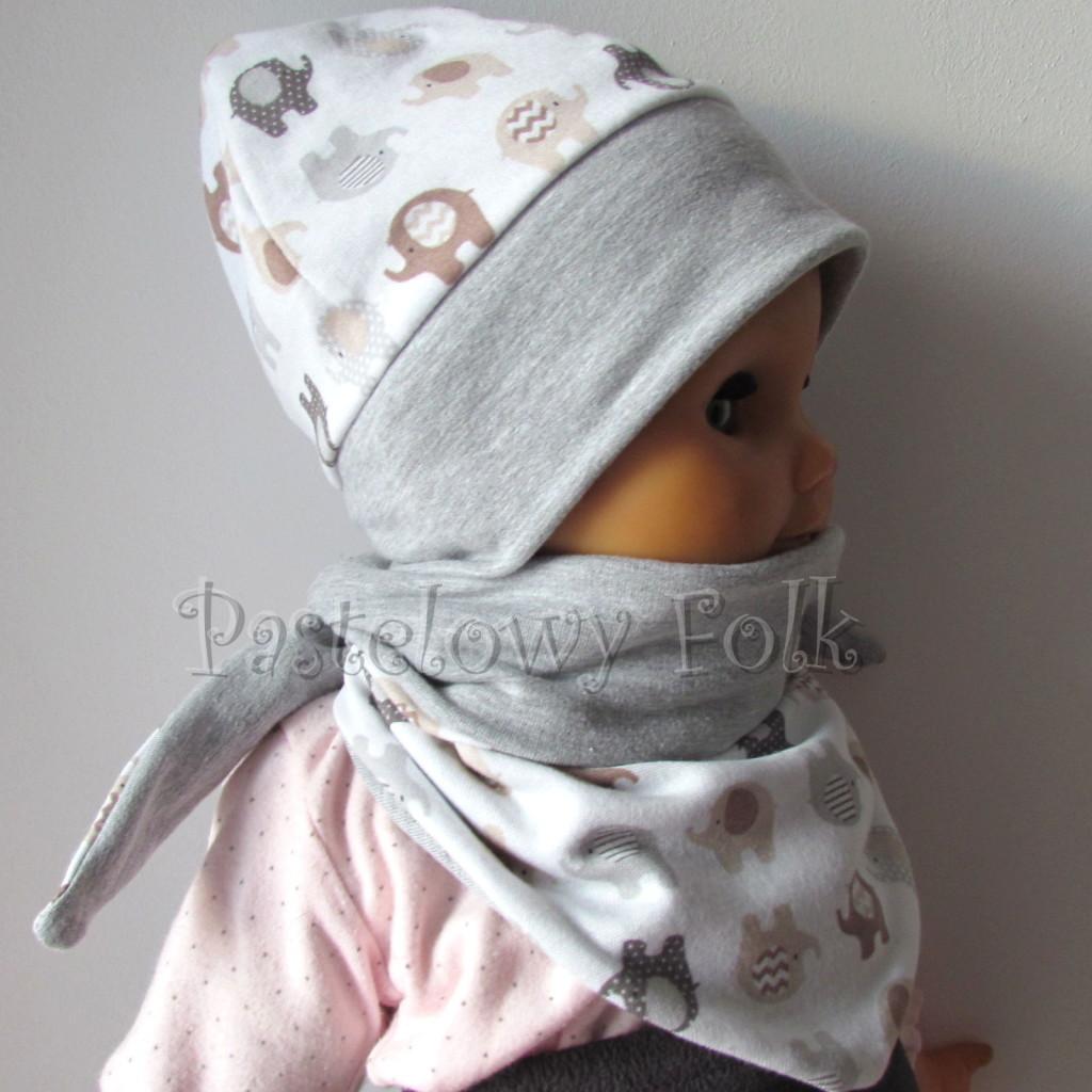 dziecko-czapka 115- szara biala w brazowe i szare sloniki, dzianinowa niemowleca slonie -04