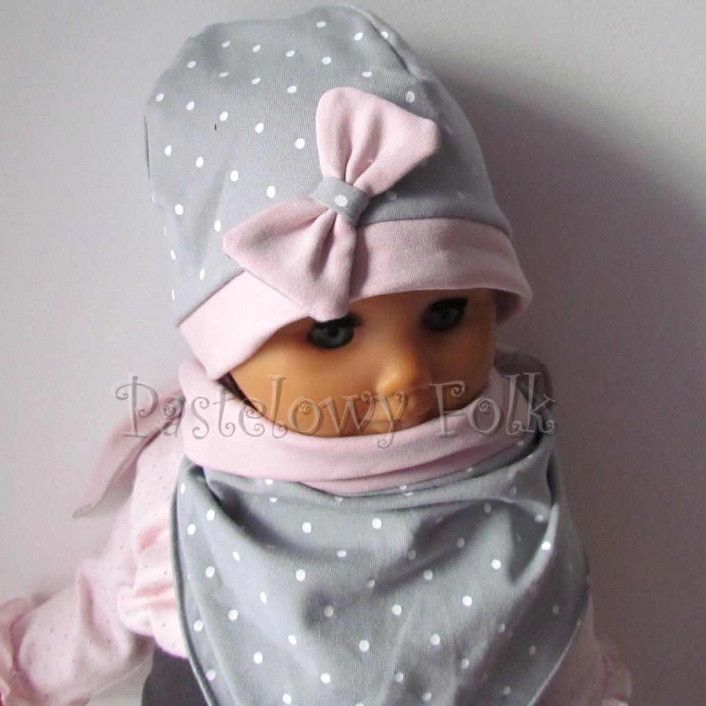 dziecko-czapka 119- brudny roz szary w biale kropeczki, kokardka dzianinowa -01