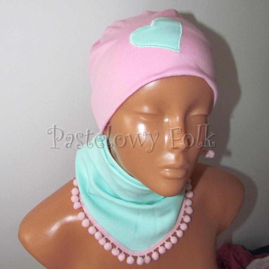 dziecko-czapka 125- rozowa mietowe serduszko dzianinowa -02