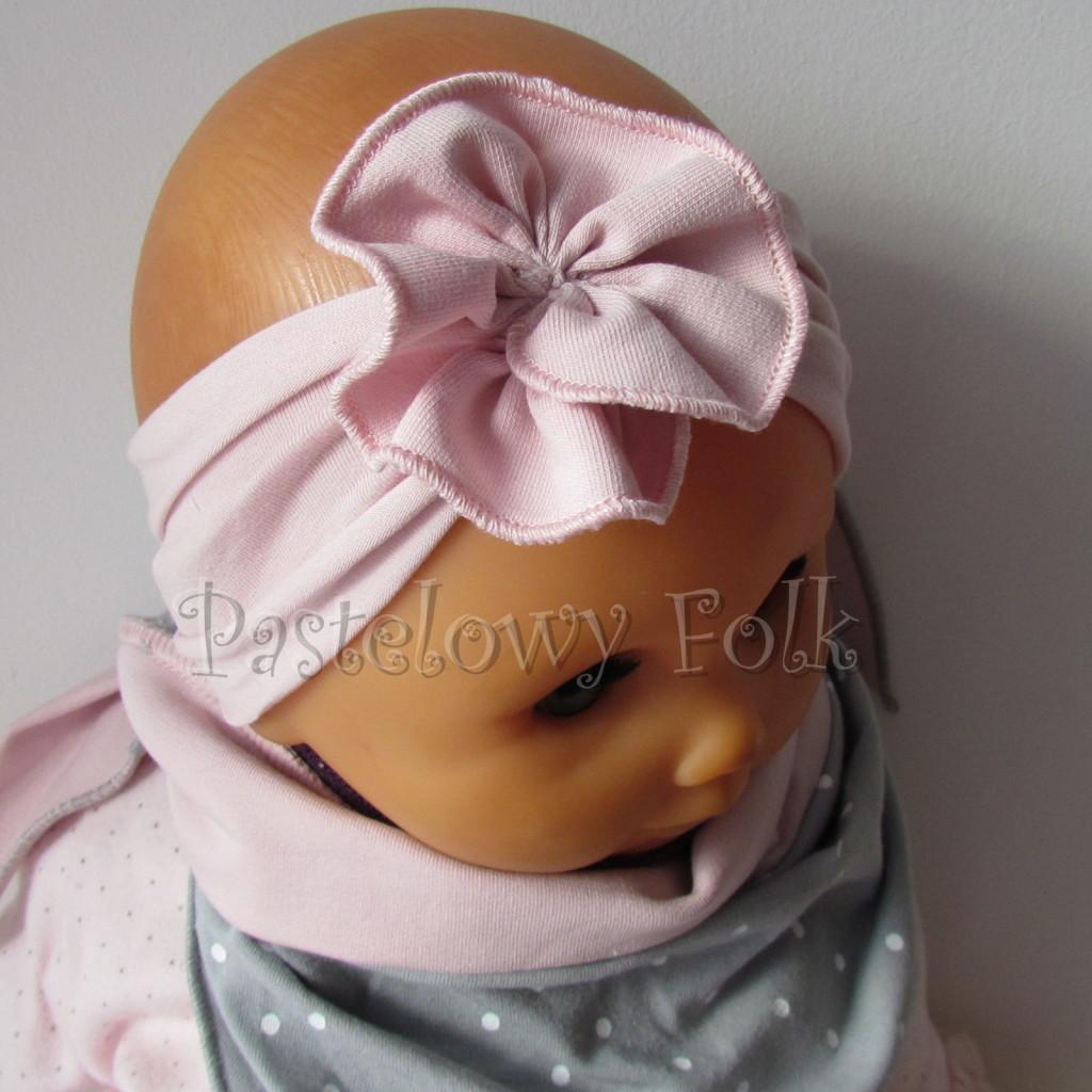 dziecko-opaska 129b- brudny roz z kwiatkiem marszczonym, rolowana rozowy, chustka-02