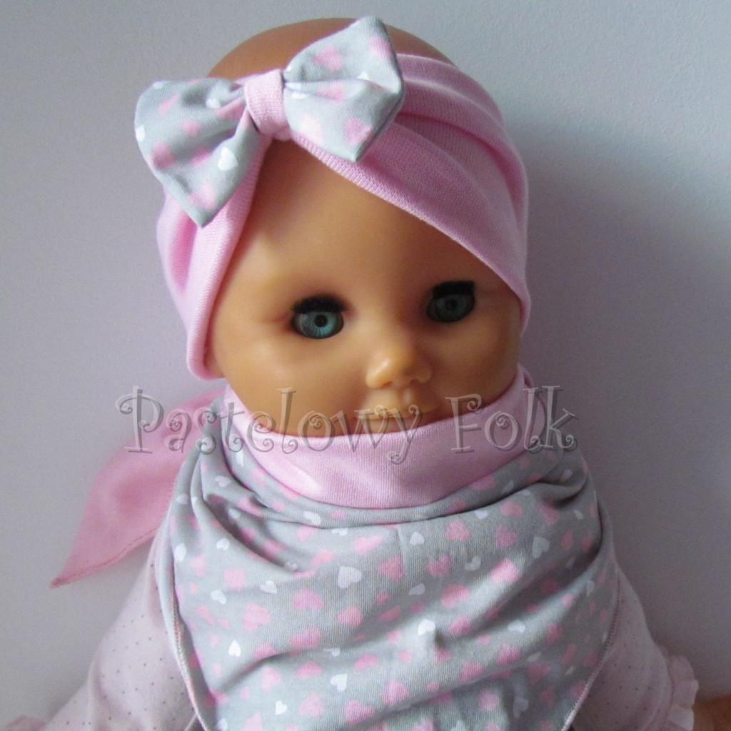dziecko-opaska 48b- rozowa z szara kokarda w różowe i białe serduszka, komplet chustka -01