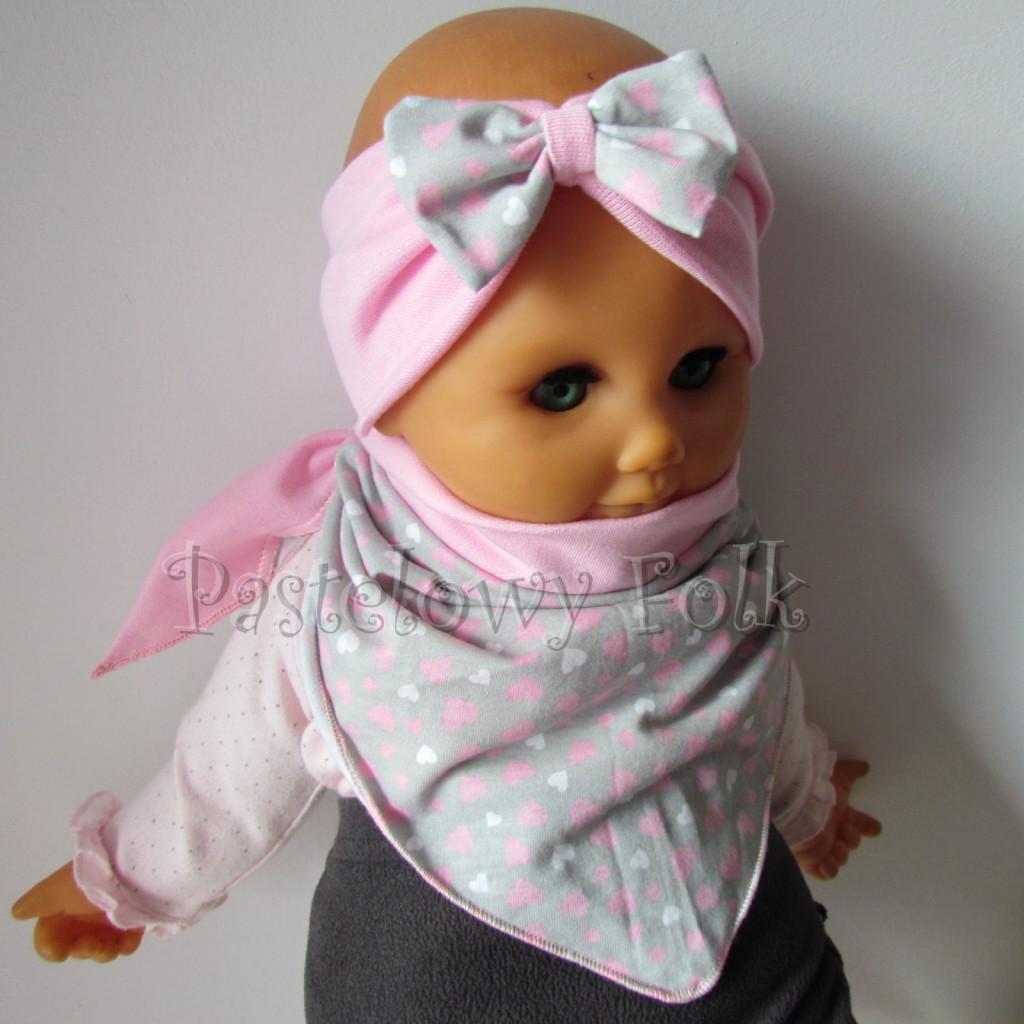 dziecko-opaska 48b- rozowa z szara kokarda w różowe i białe serduszka, komplet chustka -03