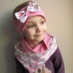 Chusteczka biała w pastelowy turecki wzór z różowym paskiem