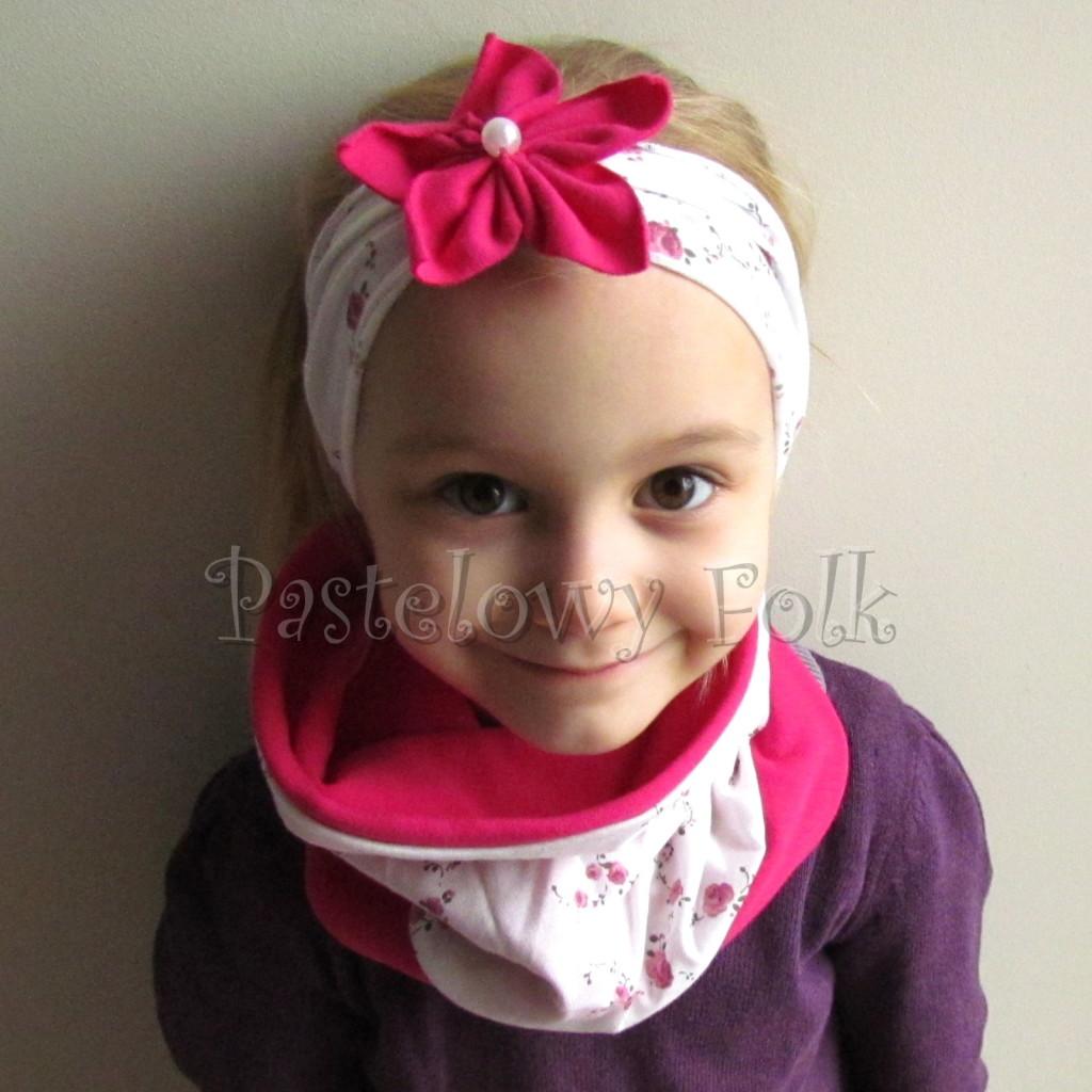 dziecko-opaska 62c- biala w rozyczki z fuksja rozowym kwiatem, komplet chusteczka-01