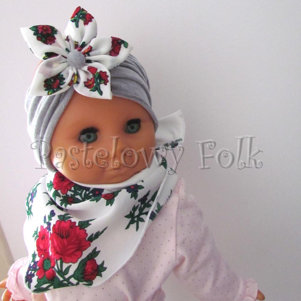dziecko-opaska 71- szara z duzym goralskim bialym kwiatem w rozyczki-01