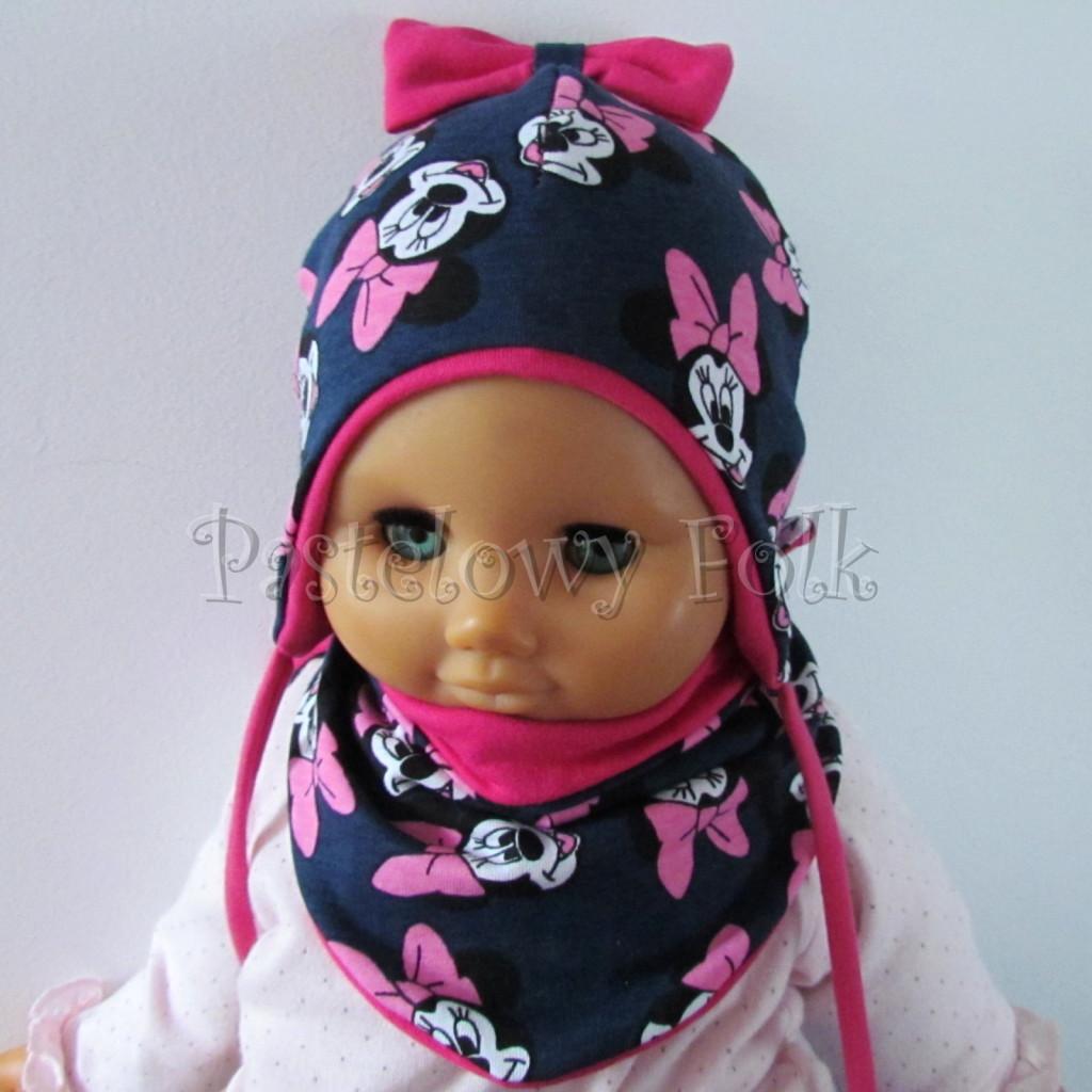dziecko-czapka-193-granatowa-z-myszka-minnie-i-ciemnorozowa-kokarda-na-czubkufuksja-niemowleca-profilowana-z-troczkami-wiazana-dwuwarstwowa-komplet-chustka-01