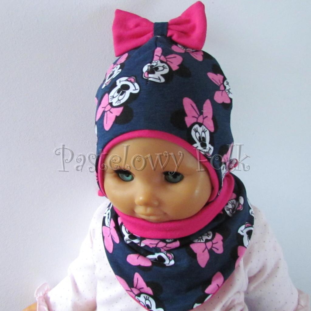 dziecko-czapka-193-granatowa-z-myszka-minnie-i-ciemnorozowa-kokarda-na-czubkufuksja-niemowleca-profilowana-z-troczkami-wiazana-dwuwarstwowa-komplet-chustka-05