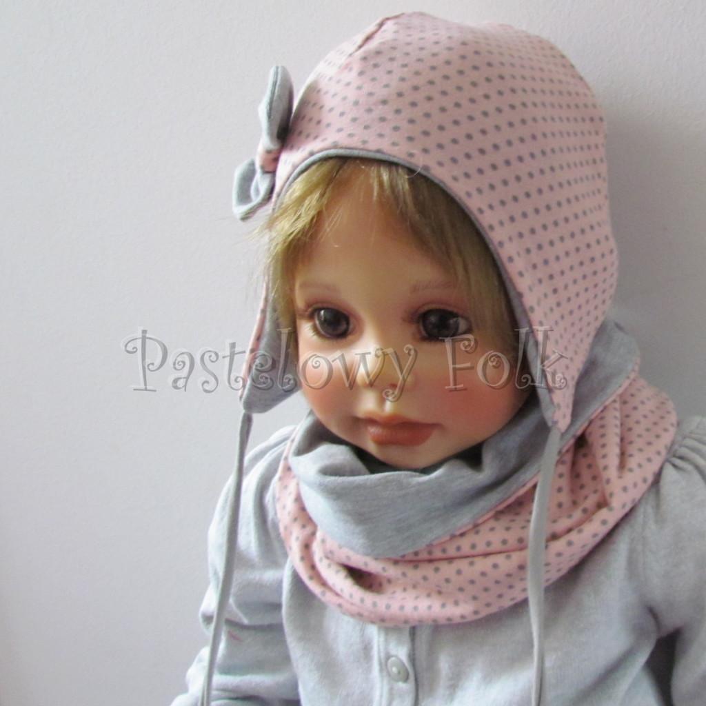 dziecko-czapka-207-rozowa-w-szare-kropki-z-szara-kokardka-niemowle-wiazana-profilowana-jesien-chustka-komin-02