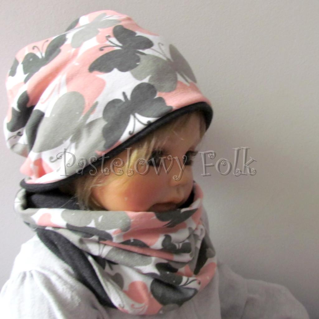 dziecko-czapka-217-biala-w-szare-rozowe-motyle-grafitowa-dwustronna-jesienna-komplet-komin-chustka-03