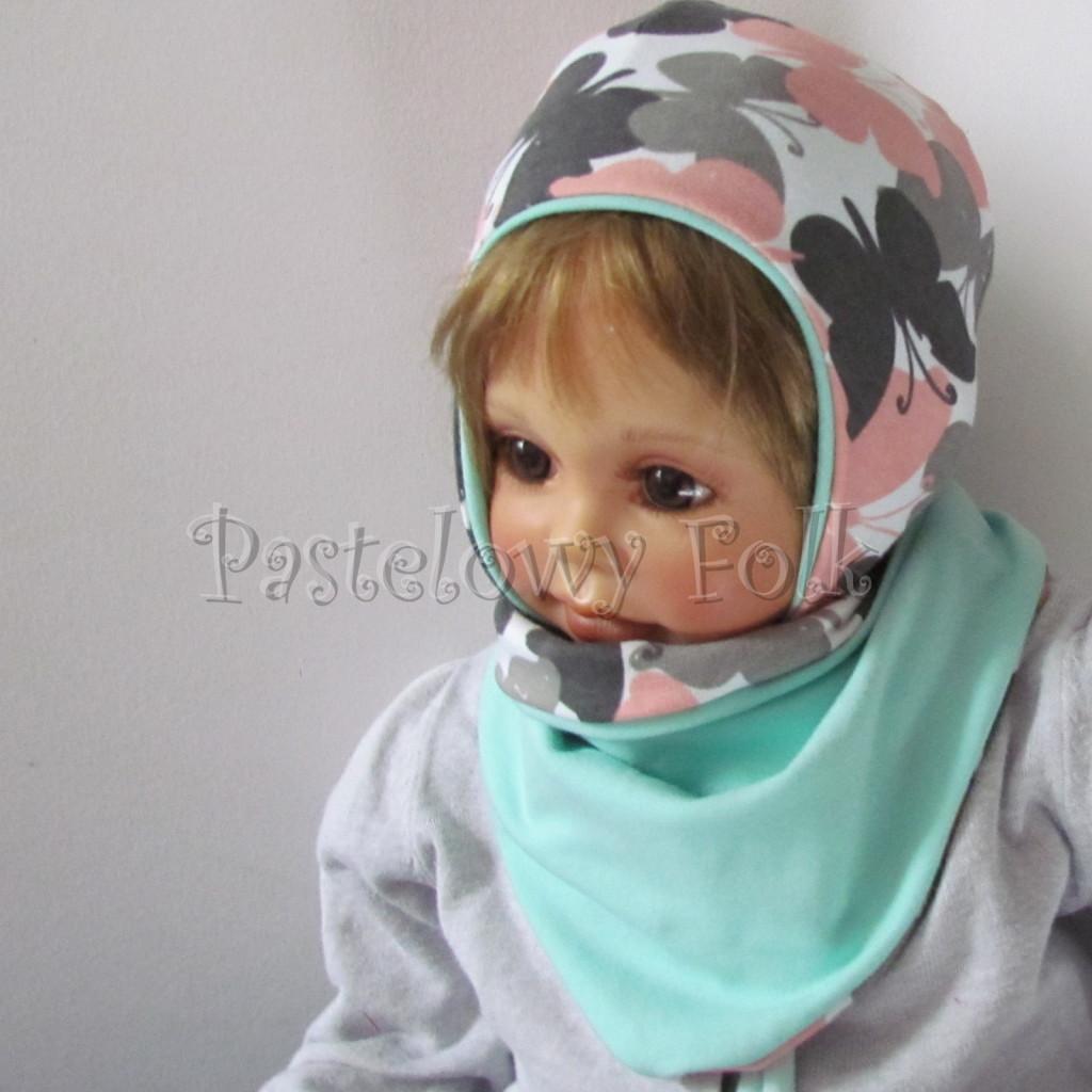 dziecko-czapka-218-biala-w-szare-rozowe-motyle-mietowa-dwustronna-niemowle-jesienna-chustka-03