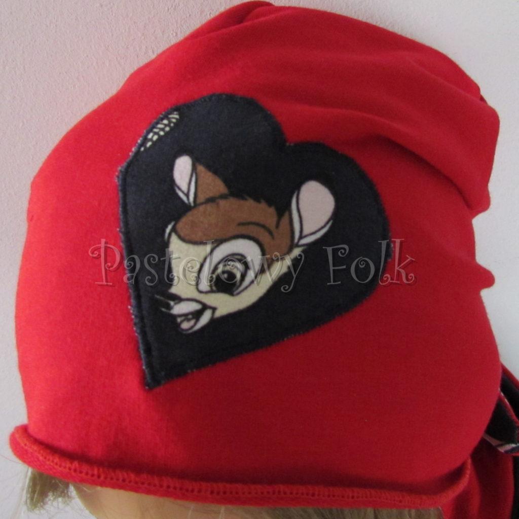 dziecko-czapka-222-czerwona-dresowka-z-sercem-aplikacja-granatowa-z-sarenka-bambi-zajaczek-chustka-01