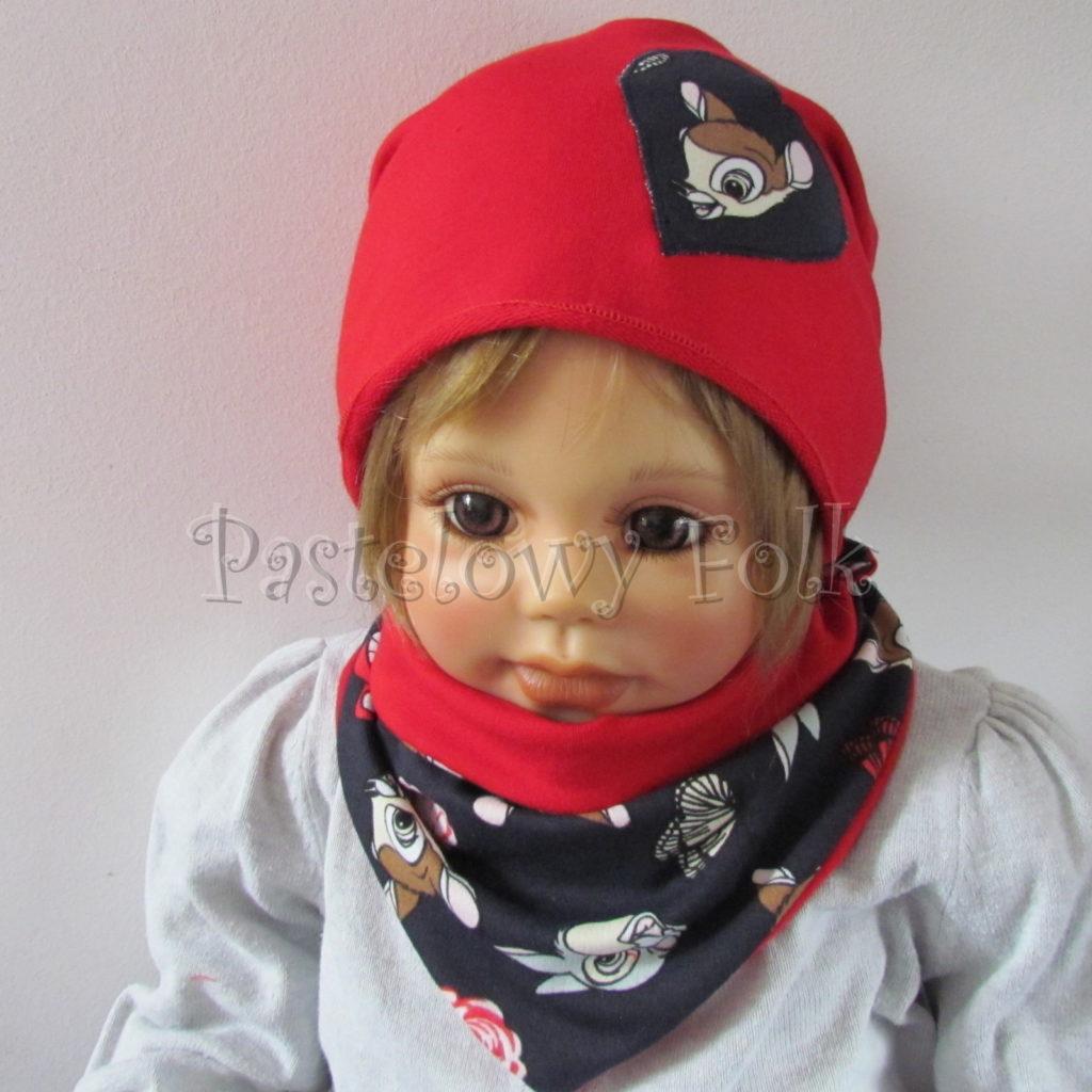 dziecko-czapka-222-czerwona-dresowka-z-sercem-aplikacja-granatowa-z-sarenka-bambi-zajaczek-chustka-03