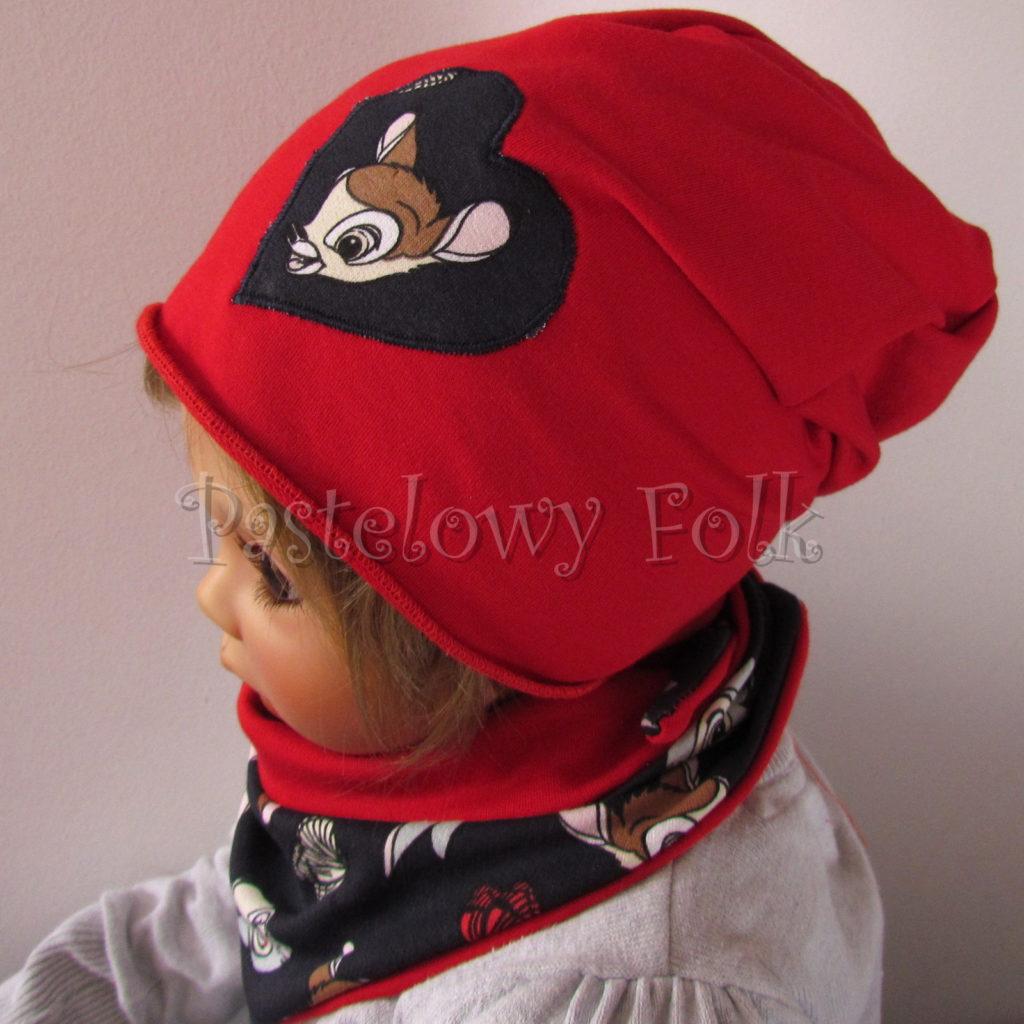 dziecko-czapka-222-czerwona-dresowka-z-sercem-aplikacja-granatowa-z-sarenka-bambi-zajaczek-chustka-05