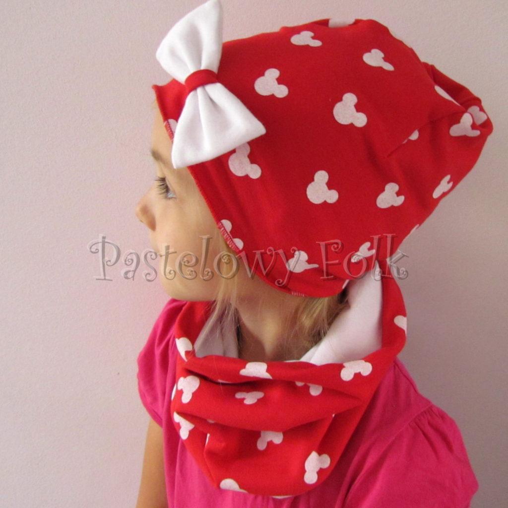 dziecko-czapka-224-czerwona-w-biale-myszki-minnie-z-biala-kokarda-dresowka-komin-chustka-04