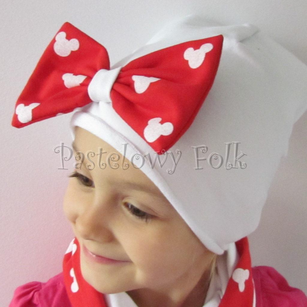 dziecko-czapka-226-biala-z-duza-czerwona-kokarda-w-biale-myszki-minnie-ogromna-komin-chustka-04