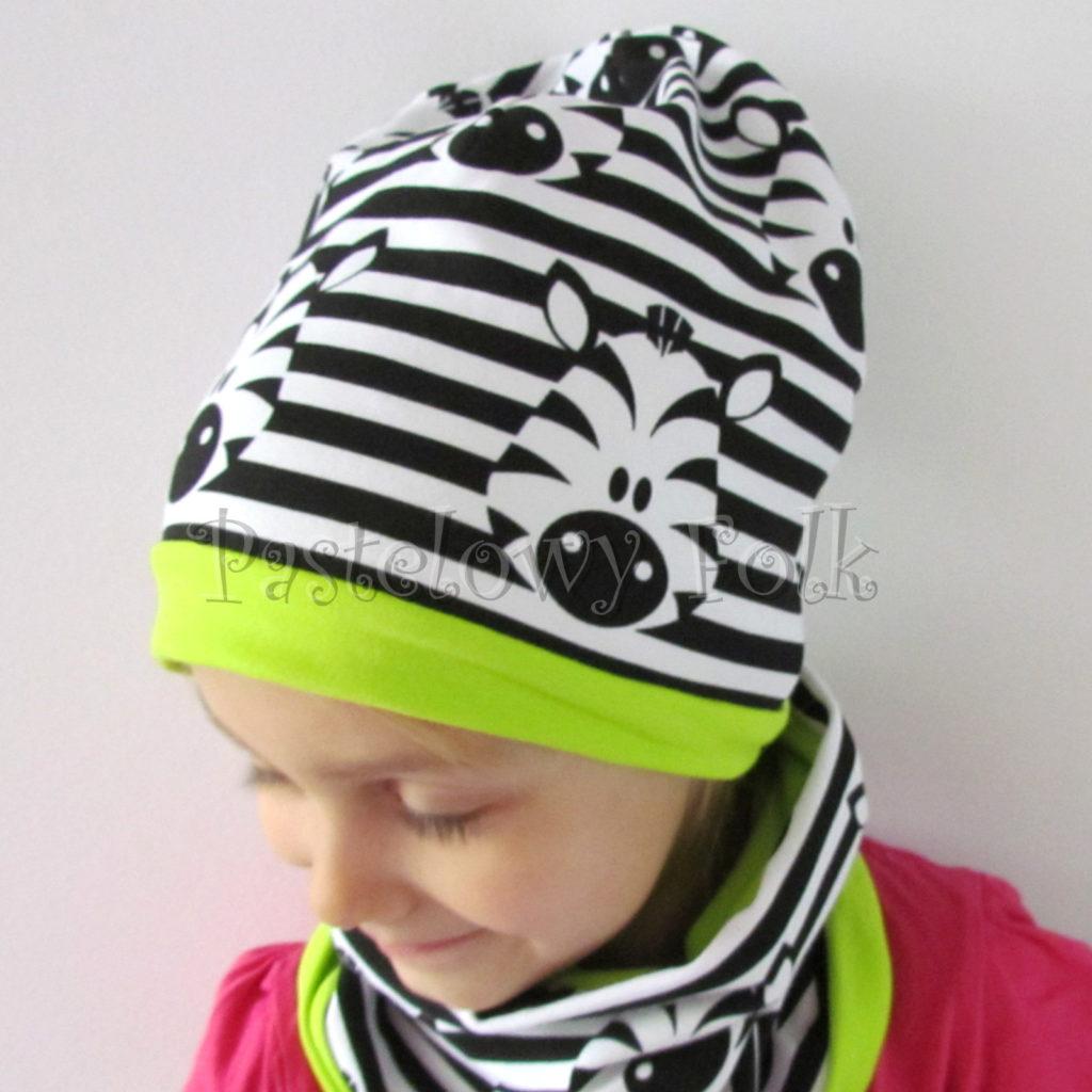dziecko-czapka-236-biale-czarne-paski-zebry-limonkowa-jaskrawy-zielony-dwuwarstwowa-dresowka-jesienna-komplet-komin-03