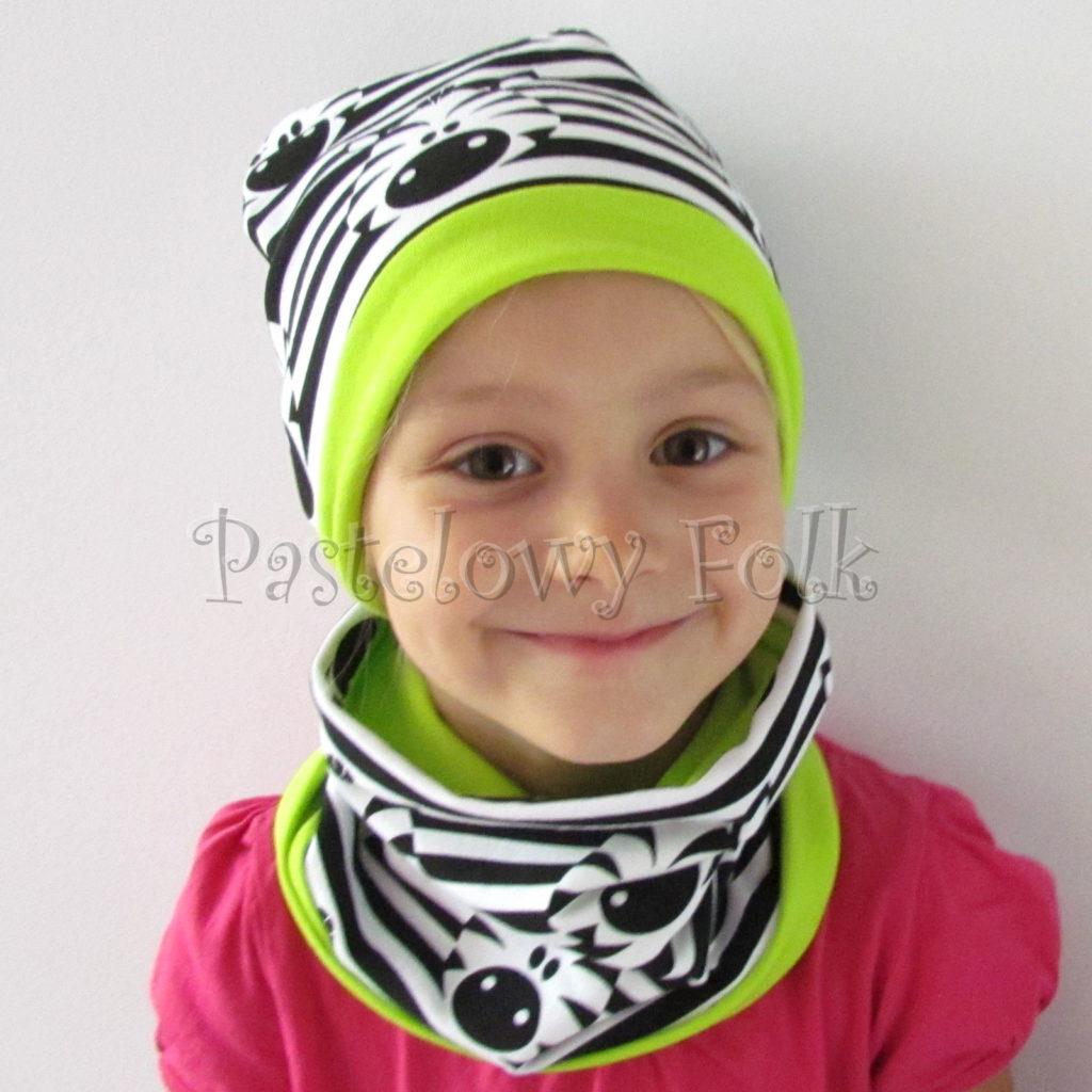 dziecko-czapka-236-biale-czarne-paski-zebry-limonkowa-jaskrawy-zielony-dwuwarstwowa-dresowka-jesienna-komplet-komin-04