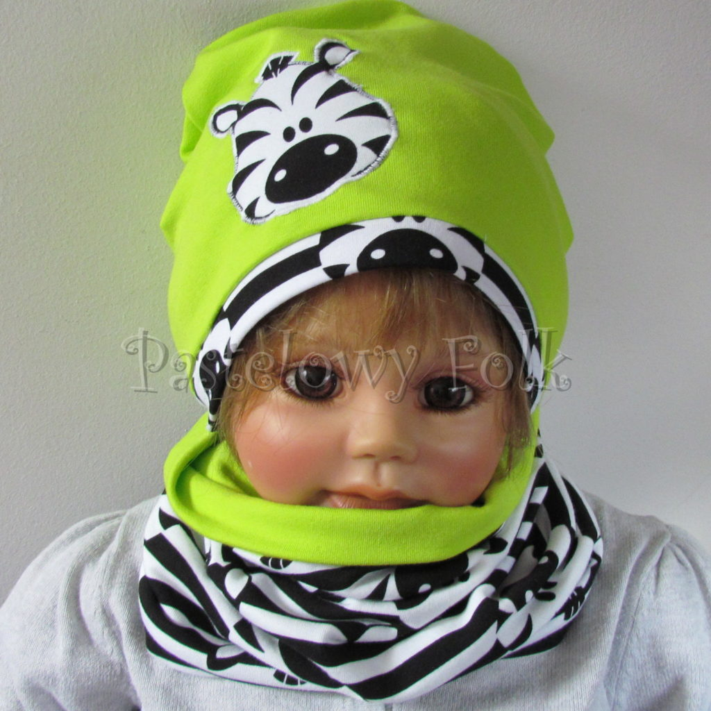 dziecko-czapka-237-limonkowa-jaskrawy-zielony-zebra-aplikacja-biale-czarne-paski-zebrykomplet-komin-01