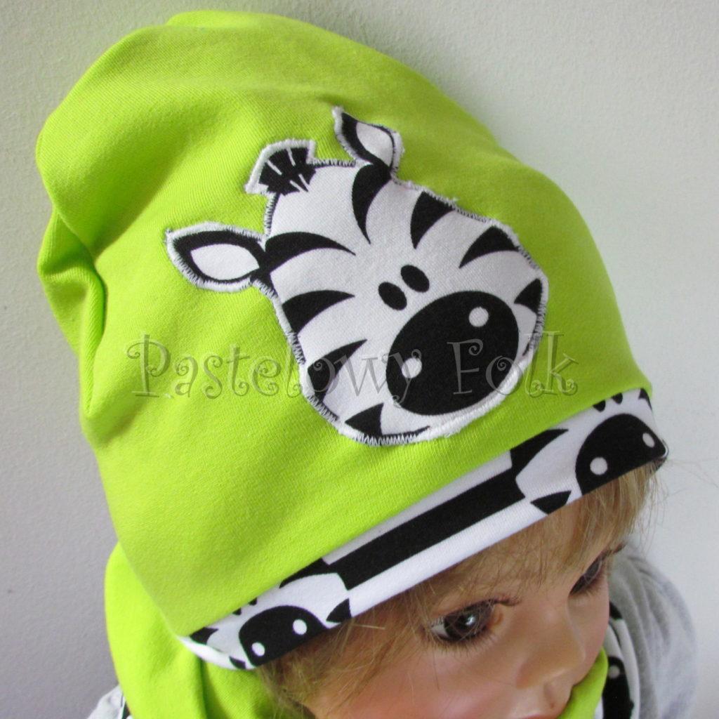 dziecko-czapka-237-limonkowa-jaskrawy-zielony-zebra-aplikacja-biale-czarne-paski-zebrykomplet-komin-02