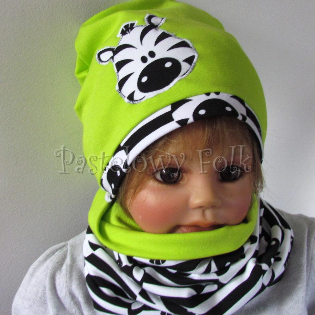dziecko-czapka-237-limonkowa-jaskrawy-zielony-zebra-aplikacja-biale-czarne-paski-zebrykomplet-komin-04