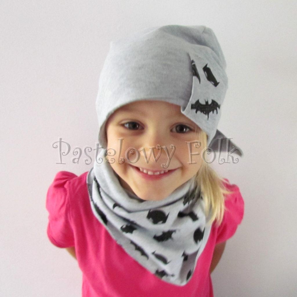 dziecko-czapka-244-szara-beanie-wszywka-czarne-nietoperze-batman-komplet-chustka-02
