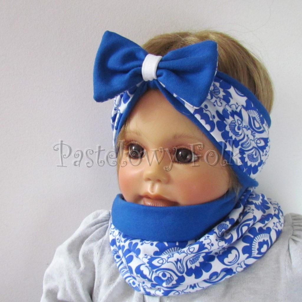dziecko-opaska-175-biala-chabrowa-niebieska-folkowy-ludowy-wzor-kwiatowy-z-kokarda-komplet-chustka-02