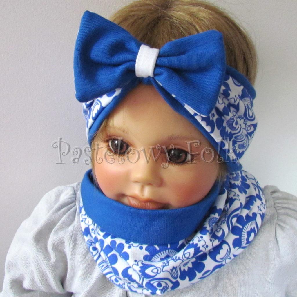 dziecko-opaska-175-biala-chabrowa-niebieska-folkowy-ludowy-wzor-kwiatowy-z-kokarda-komplet-chustka-03